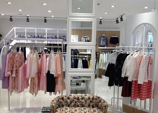 服装品牌店开店流程有哪些 如何开一个女装加盟店(图1)