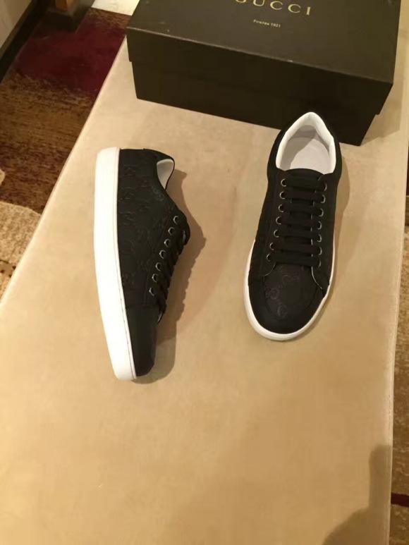 lv鞋高仿和正品区别在哪?高仿鞋在哪买比较靠谱