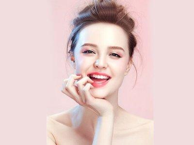 皮肤油性缺水的原因,如何让皮肤不油腻,变得白亮