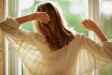 女人早起该如何养生
